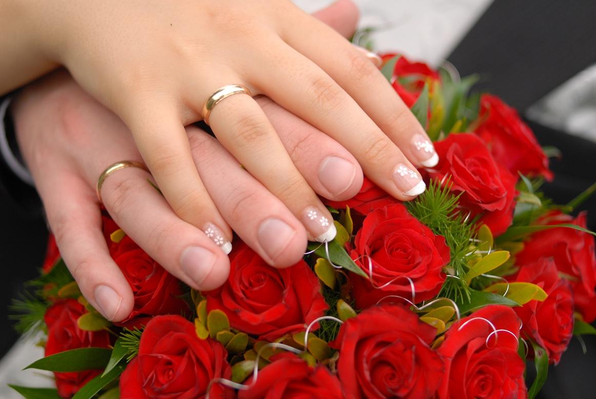 Małżeństwa sakramentalne i niesakramentalne. Do jakiej miłości zaprasza nas Chrystus?