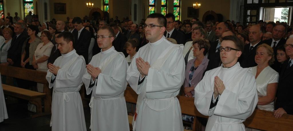 Dwaj współpracownicy Dziennika Parafialnego zostali kapłanami