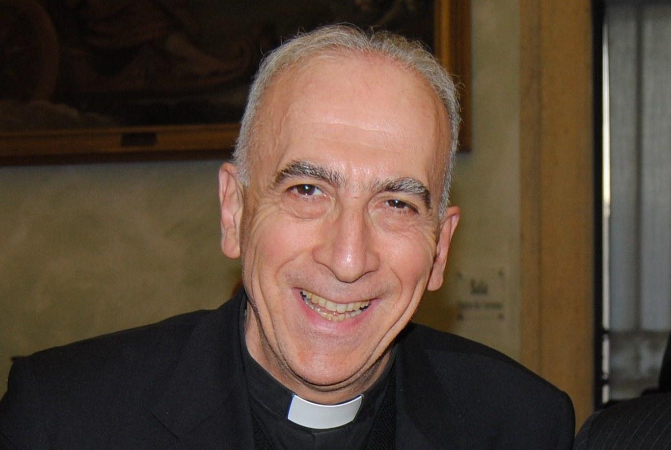 Ks. Bux o zastrzeżeniach papieża wobec posoborowej reformy liturgii