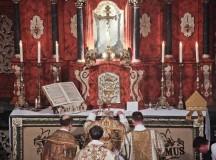 """Bp Athanasius Schneider w Polsce: """"Trzeba przywrócić chrystocentryczny kult, aby odnowić wiarę!"""""""