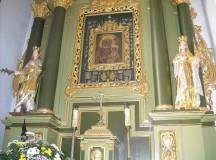 Benedykt XVI: Maryja uczy, jak przyjmować Jezusa w Eucharystii