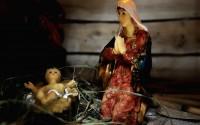 Benedykt XVI: Poczęcie i narodzenie Jezusa z Dziewicy Maryi stanowią podstawowy element naszej wiary