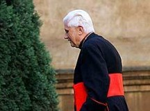 Kard. Ratzinger: Wiara nie jest czymś nieokreślonym