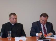 Podpisano umowę na renowację wnętrz  budynku klasztornego w Ratowie
