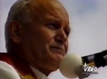 """Św. Jan Paweł II: """"Jeśli ktoś wytwarza jakiś przedmiot, to czyni to na ogół nie tylko dla własnego użytku, ale także po to, by inni mogli go używać po zapłaceniu słusznej ceny"""""""