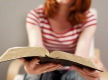 Cytat dnia. 5 biblijnych sentencji, które przybliżają do Boga