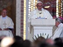 """Cytat dnia. Papież Franciszek do duchownych: """"Czego Jezus od nas oczekuje? Pragnie On serc naprawdę konsekrowanych"""""""