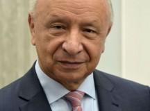 """Prof. Bogdan Chazan w Przemyślu: Dziecko """"na szkle"""" również ma godność"""