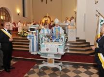 Rycerze Kolumba kupili inkubator dla szpitala w Skarżysku-Kamiennej