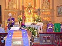 Uroczystości pogrzebowe ks. kan. Zbigniewa Mielcarka – syna mikstackiej parafii